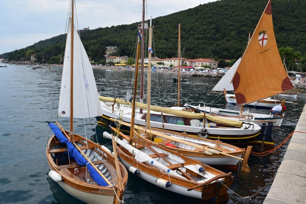Regata tradicijskih barki-Mošćenička Draga 2014. D_zps299f31a0