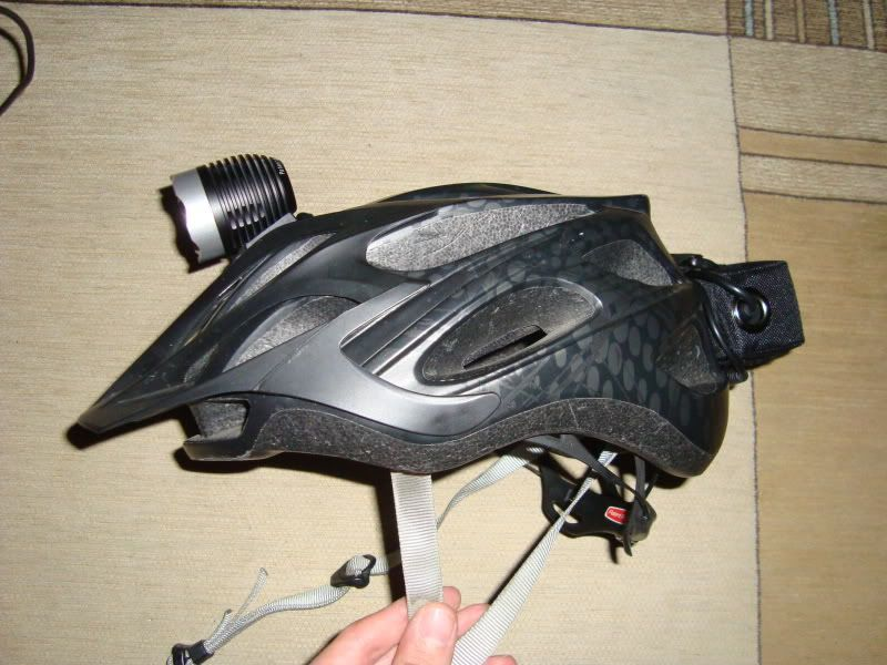 MagicShine HA III SSC P7-C 3-Mode 900-Lumen Bike Light Set - Página 5 DSC08417