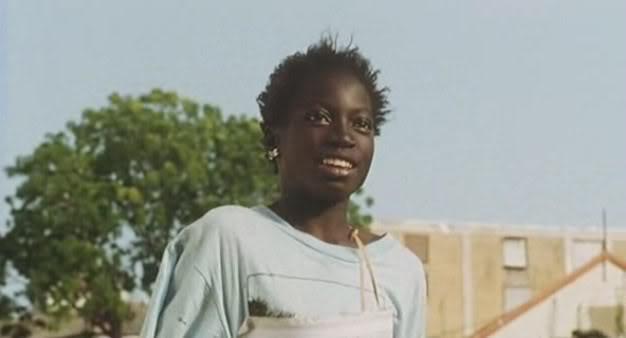 La petite vendeuse de soleil (Senegal, 1999) Djibril Diop LaPetite07