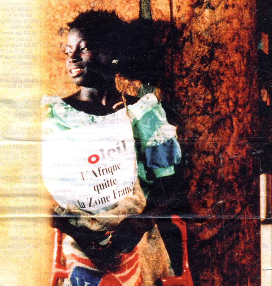 La petite vendeuse de soleil (Senegal, 1999) Djibril Diop TheLittleGirlWhoSoldTheSun