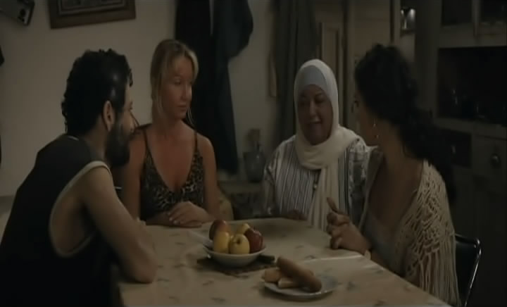 وهلّا  لوين Et Maintenant, On Va Où (Lebanon, 2011) Nadine Labaki EtMaintenant18