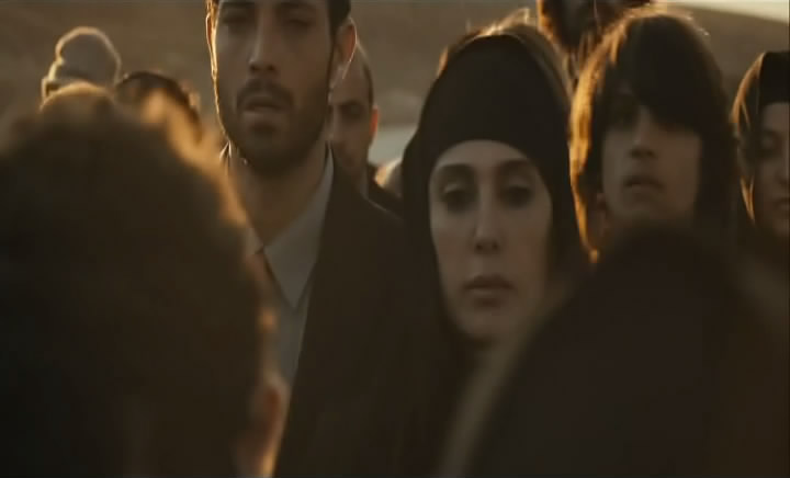 وهلّا  لوين Et Maintenant, On Va Où (Lebanon, 2011) Nadine Labaki EtMaintenant24