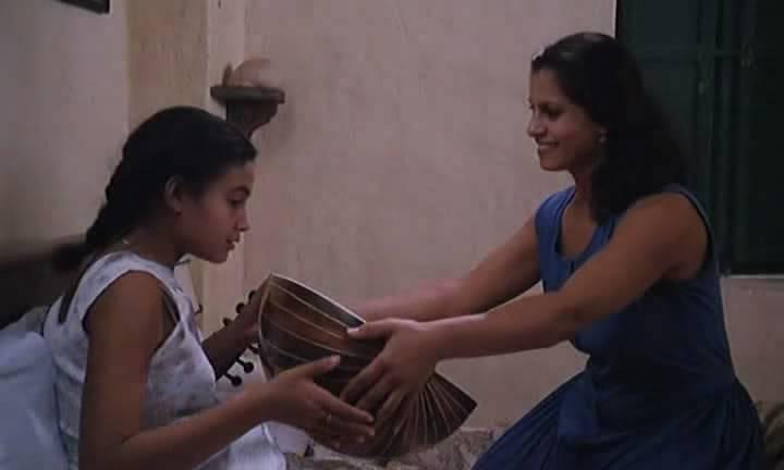 صمت القصور (1994) Les Silences du Palais  Le-silences023