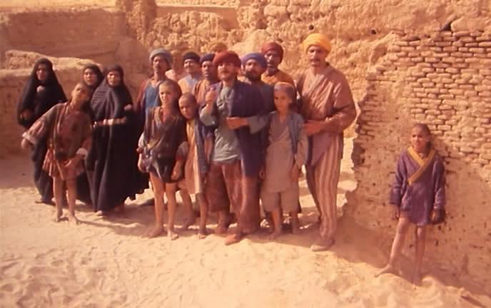 El-haimoune (1986) Nacer Khemir Elhaimoune1986dvdrip05642712-19-25