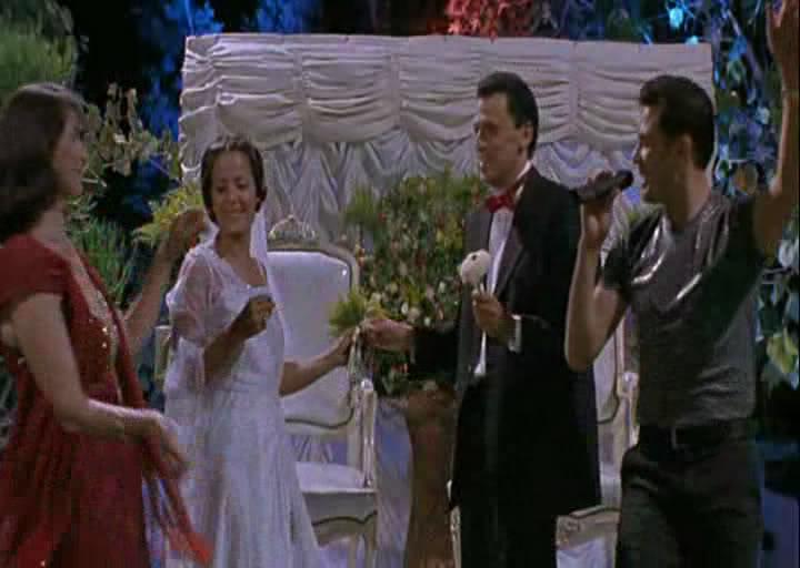 Satin Rouge(2002) Tunisia  الفيلم التونسـي الحرير الأحمـر Snapshot20100114150424