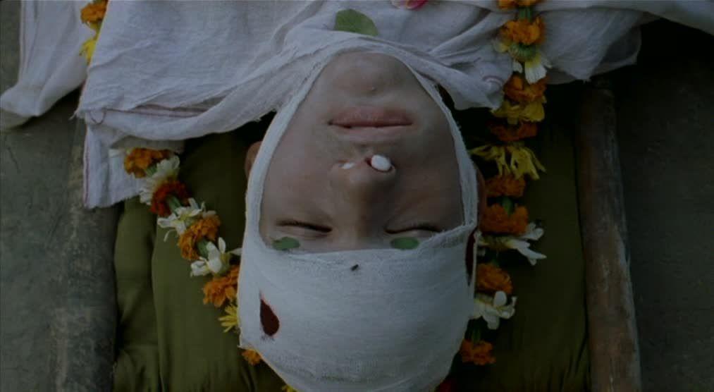 Matrubhoomi (2003) Manish Jha Matrubhoomi03