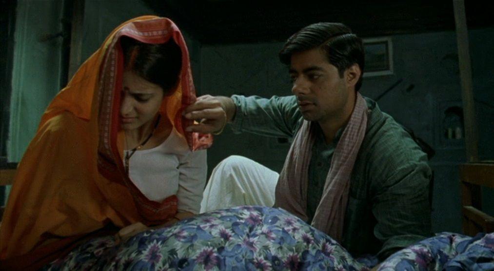 Matrubhoomi (2003) Manish Jha Matrubhoomi05