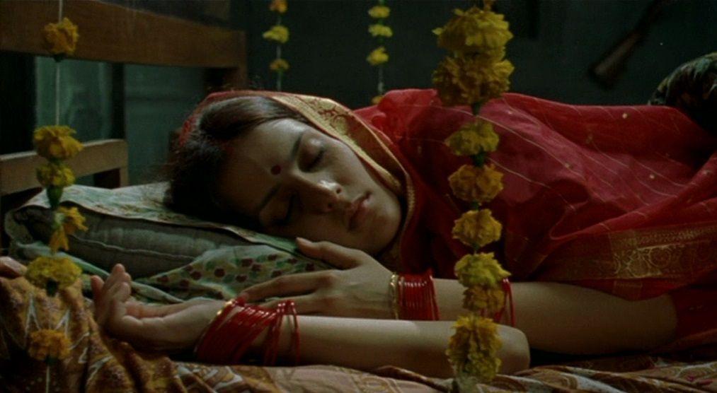 Matrubhoomi (2003) Manish Jha Matrubhoomi06