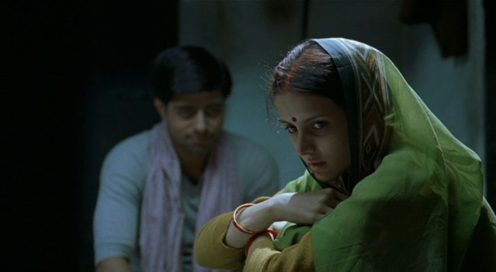 Matrubhoomi (2003) Manish Jha Matrubhoomi08