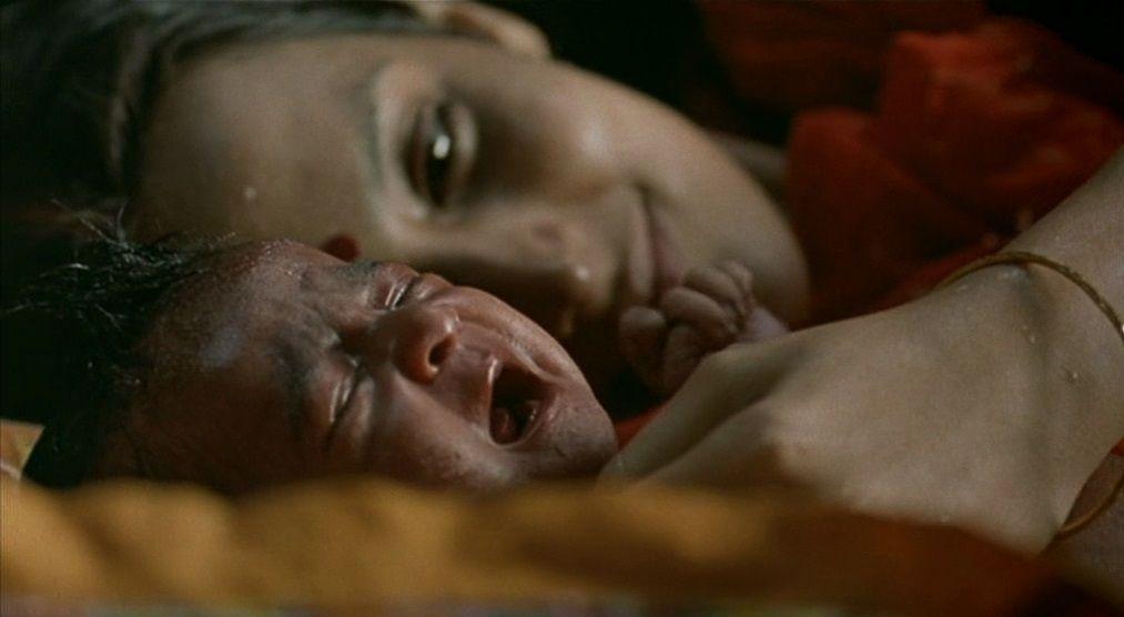 Matrubhoomi (2003) Manish Jha Matrubhoomi10