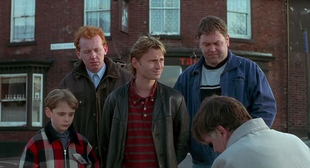 The Full Monty (1997)  the most succesful British comedy of 98 FullMonty04