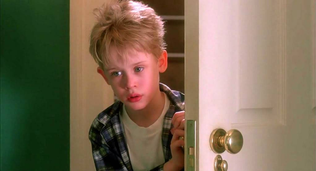Home Alone 1990 720p BRRip H264 AAC - IceBane (Kingdom Release) LOL HA05