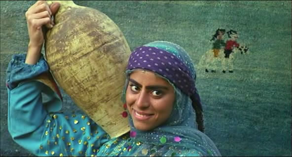 Gabbeh (1996) Mohsen Makhmalbaf Gabbeh01