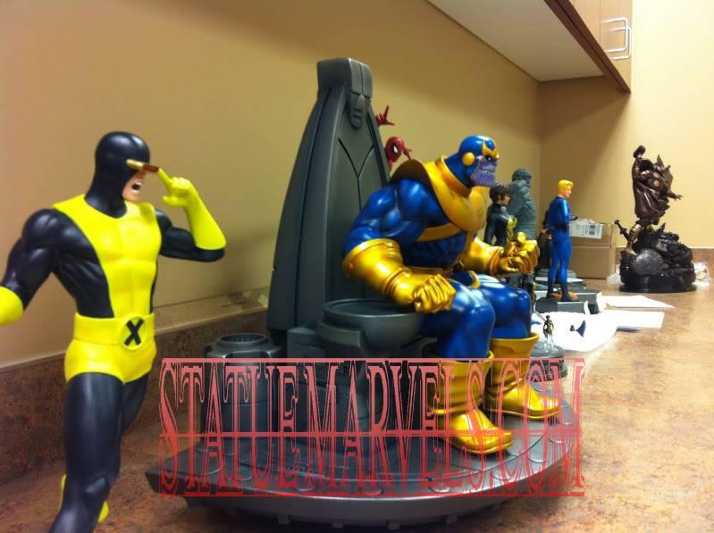 [BOWEN] Thanos on Throne statue (website exclusive) Desk4