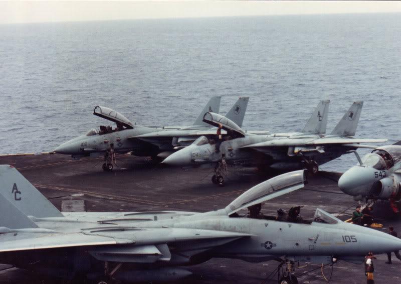 Désarmement du CV67 John F Kennedy en mars 2007 - Page 2 IMG_0002