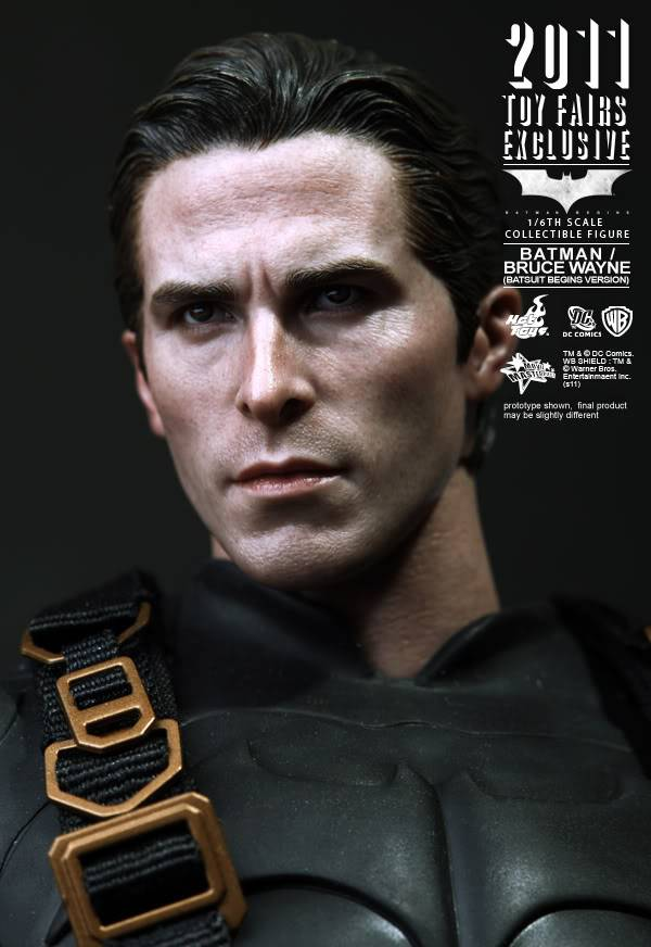 [Hot Toys] Batman Begins: Batman/ Bruce Wayne (2011 Toy Fairs Exclusive)  HotToys_BatmanBegins-BatmanBruceWayneCollectibleFigure2011ToyFairsExclusive_PR13