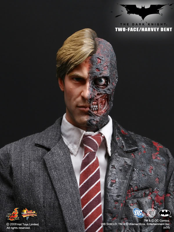 THE DARK KNIGHT - HARVEY DENT/DOUBLE FACE (MMS81) 3TDK_Two-Face_HarveyDent