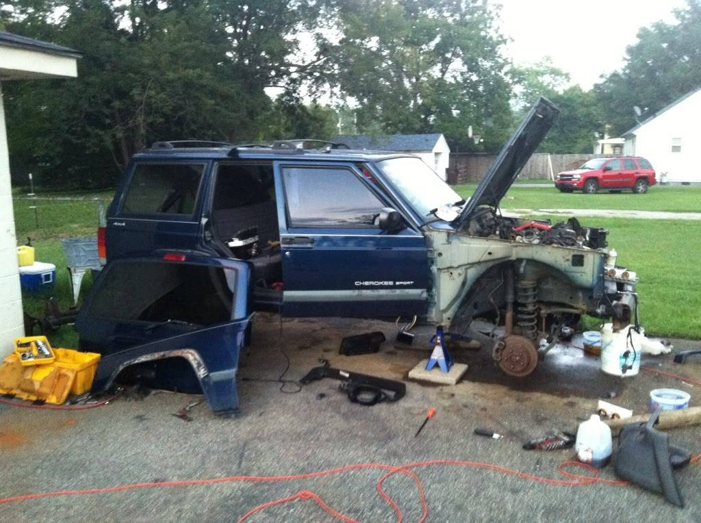 stripping an xj lol 4C94EF0A-82D4-4D10-BB29-835FBBC11E01-279-00000057D781A7BF