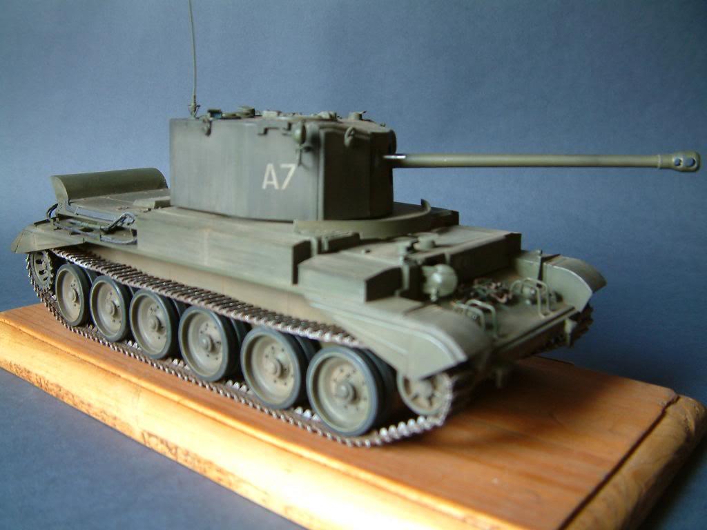 CHALLENGER MK VIII A-30  (kit SKP 1/35) DSCF0049_zps1ddd1d63