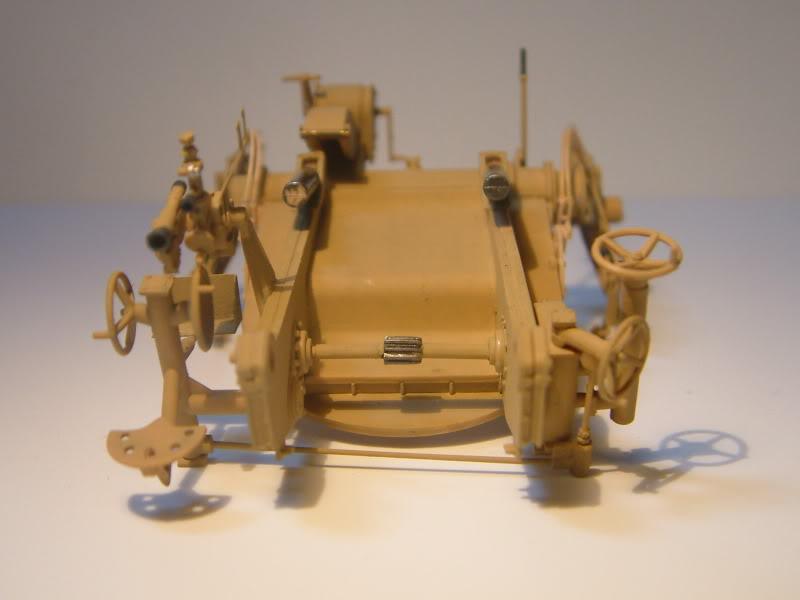 12.8cm Kanone  (Trumpeter 1/35) DSCF0150