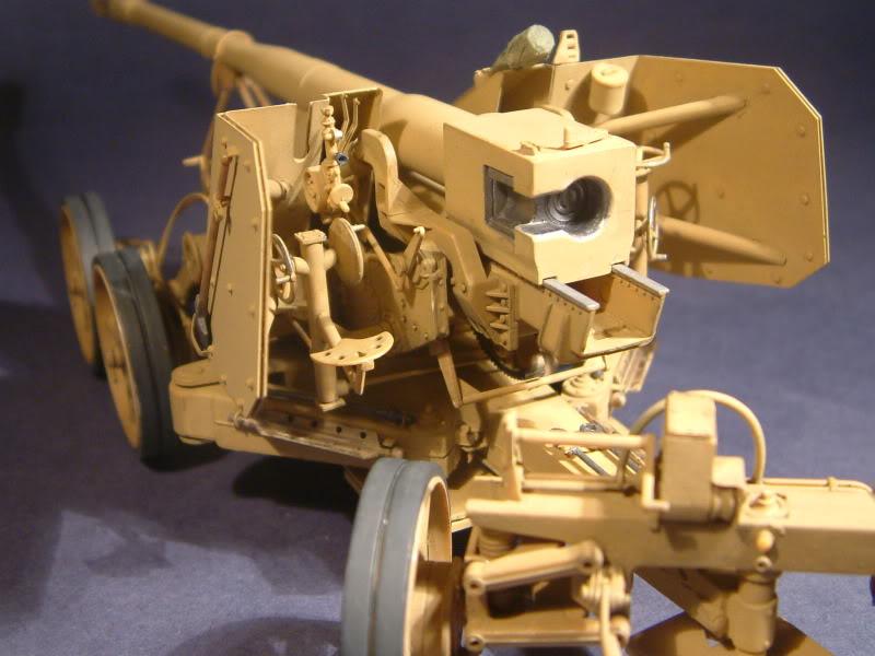 12.8cm Kanone  (Trumpeter 1/35) DSCF0172-1