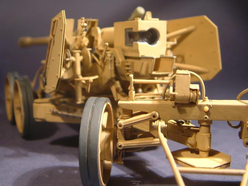 12.8cm Kanone  (Trumpeter 1/35) DSCF0173