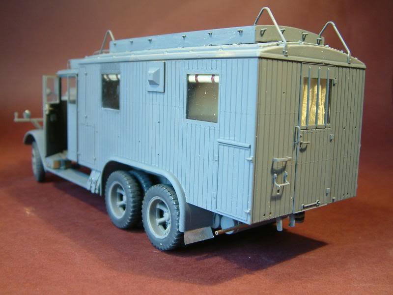 HENSCHEL 33 D1 Kfz.72  kit ICM 1/35 - Page 4 DSCF0301_zps0ee4289c