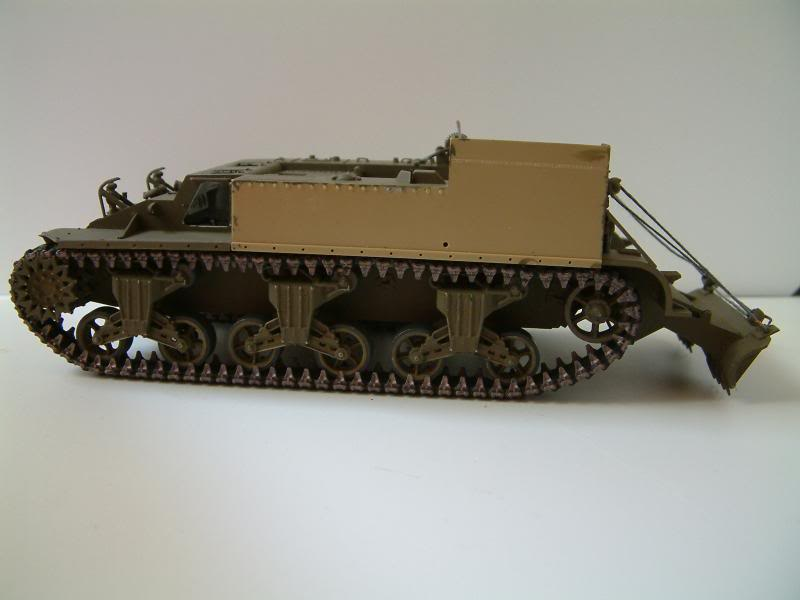 GUN MOTOR CARRIAGE M12 155mm  kit ACADEMY 1/35 - Page 3 DSCF0012_zps5ff2ae20
