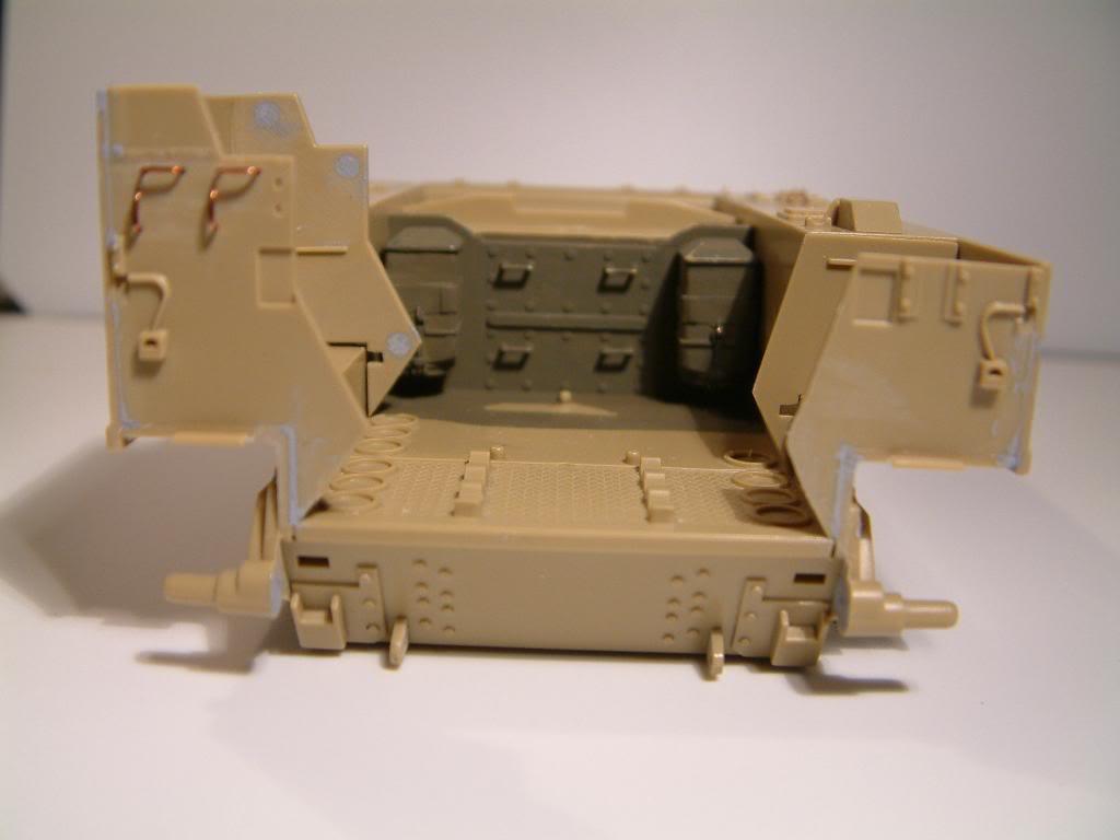 GUN MOTOR CARRIAGE M12 155mm  kit ACADEMY 1/35 DSCF0134