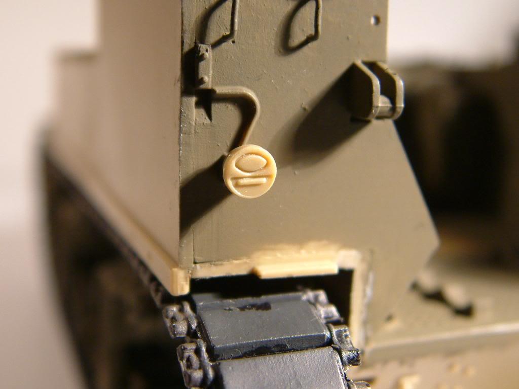 GUN MOTOR CARRIAGE M12 155mm  kit ACADEMY 1/35 - Page 2 DSCF0145_zpsbc47da3c