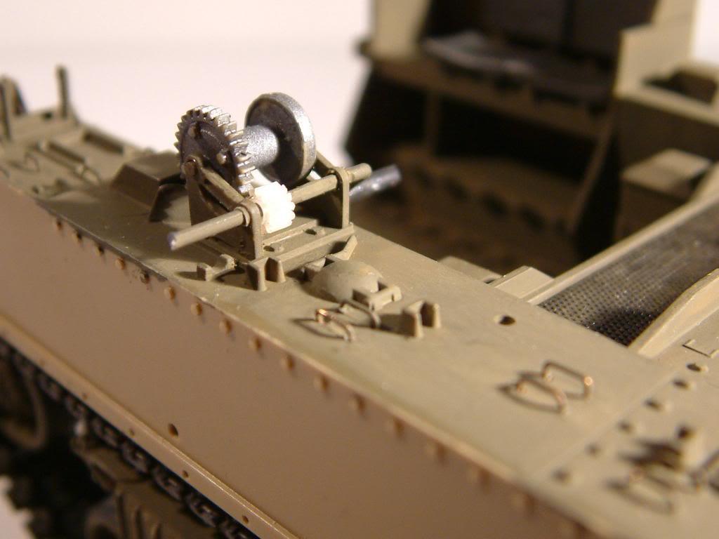 GUN MOTOR CARRIAGE M12 155mm  kit ACADEMY 1/35 - Page 2 DSCF0146_zpsf51aa43d