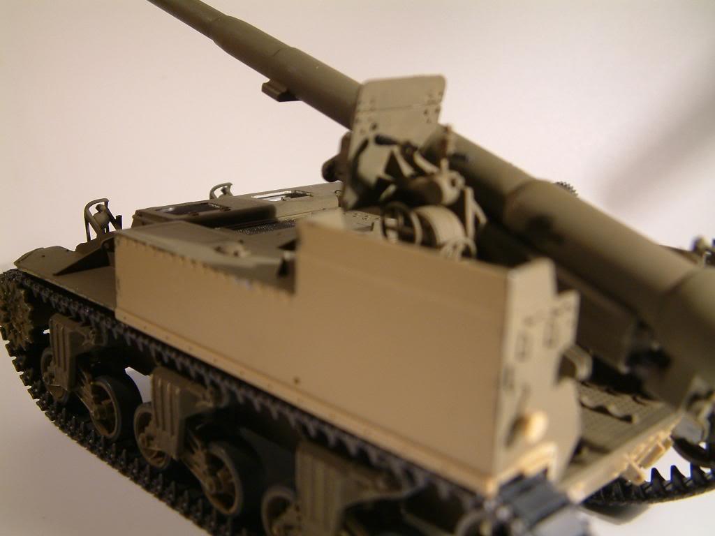 GUN MOTOR CARRIAGE M12 155mm  kit ACADEMY 1/35 - Page 2 DSCF0149_zpsf131e187