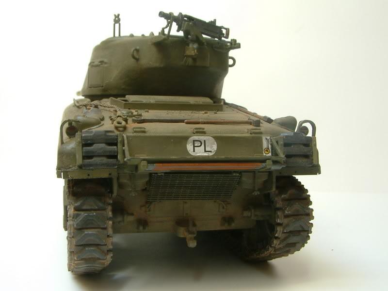 Dragon 1/35 : SHERMAN M4A1(76mm)W Juin07031