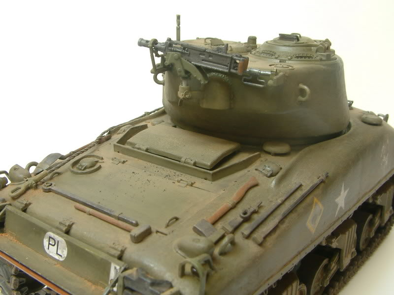 Dragon 1/35 : SHERMAN M4A1(76mm)W Juin07032