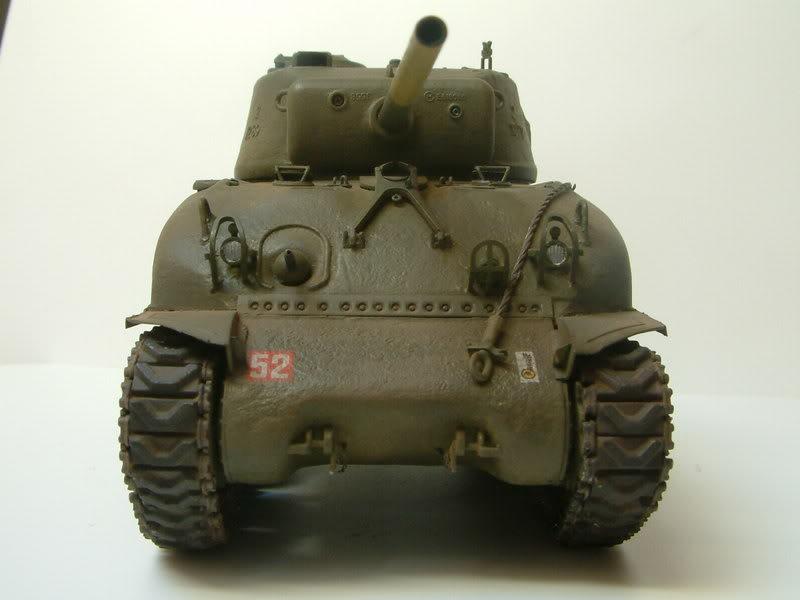 Dragon 1/35 : SHERMAN M4A1(76mm)W Juin07035