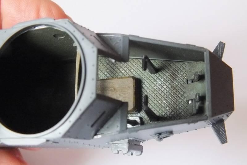 Renault FT mitrailleur    RPM 1/35 DSCF0092_zps2we7ng8d