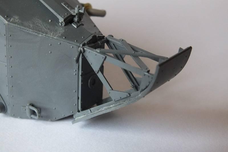 Renault FT mitrailleur    RPM 1/35 DSCF0108_zpspghunizj
