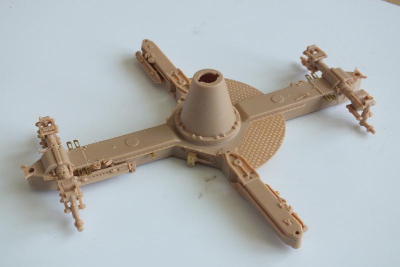 SOVIET 85mm AA (early version) TRUMPETER 1/35 DSCF0033_zpszetnl5pp