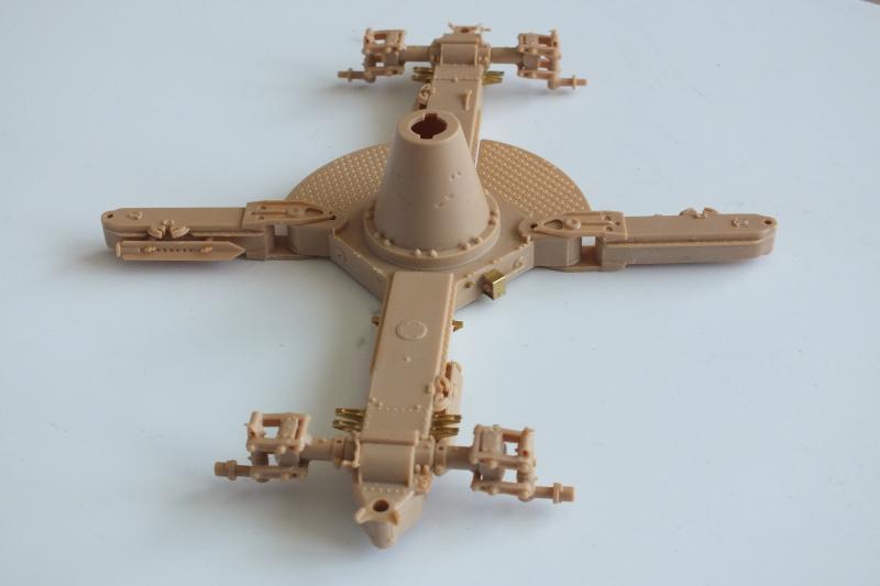 SOVIET 85mm AA (early version) TRUMPETER 1/35 DSCF0034_zpsmz5qw0in