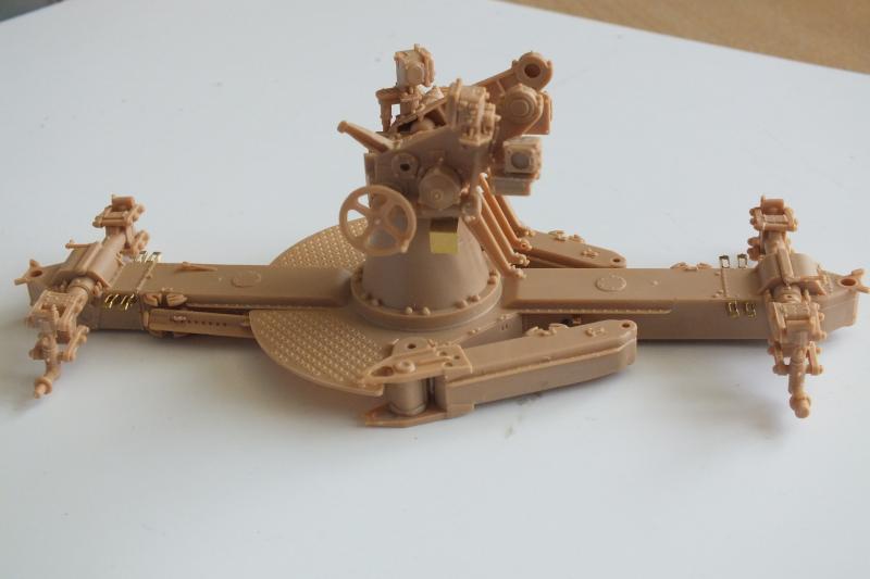 SOVIET 85mm AA (early version) TRUMPETER 1/35 DSCF0044_zpsn8d7lf1g