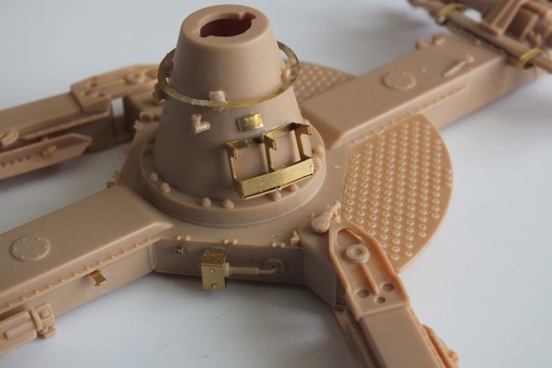 SOVIET 85mm AA (early version) TRUMPETER 1/35 DSCF0059_zpsisjuw0ag