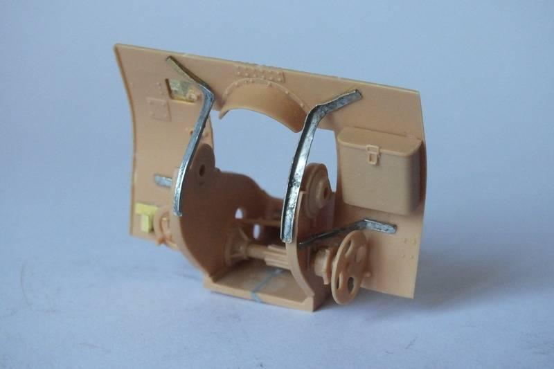 SOVIET 122m M1931/1937    Trumpeter1/35 DSCF0006_zpsr0aawd0t