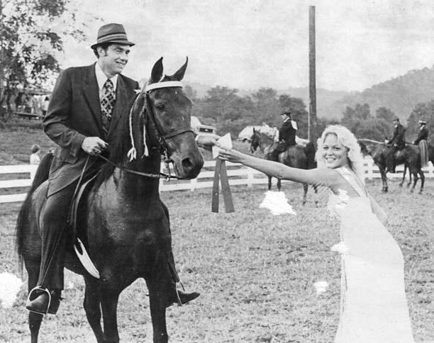 The BEST of Walking Horse Trivia! - Page 5 Gritsmidnightdoll