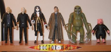 New Figures - Slitheen, Autons, and Clockwork Soldier (Blk) Newfigs1