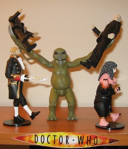 New Figures - Slitheen, Autons, and Clockwork Soldier (Blk) Newfigs3