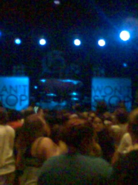 Concert pictures [not in any order] Concert1