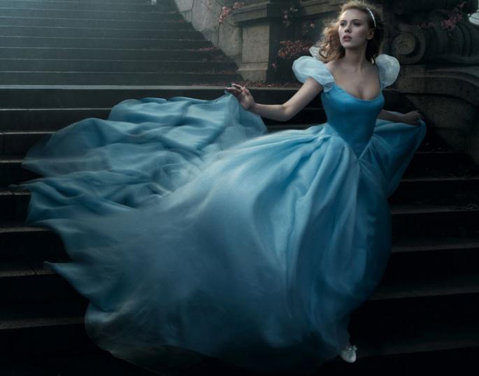 Votre robe de personnage fille préférée - Page 2 Disney-inspired-wedding-dresses_zps88c4ba2d
