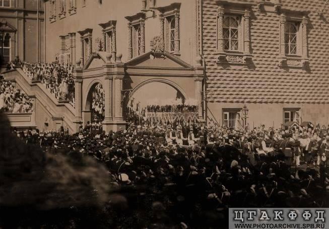 Diversos temas de la Rusia Imperial - Página 11 Nicholasempressprocession