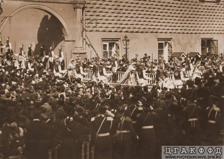 Diversos temas de la Rusia Imperial - Página 11 Procession1