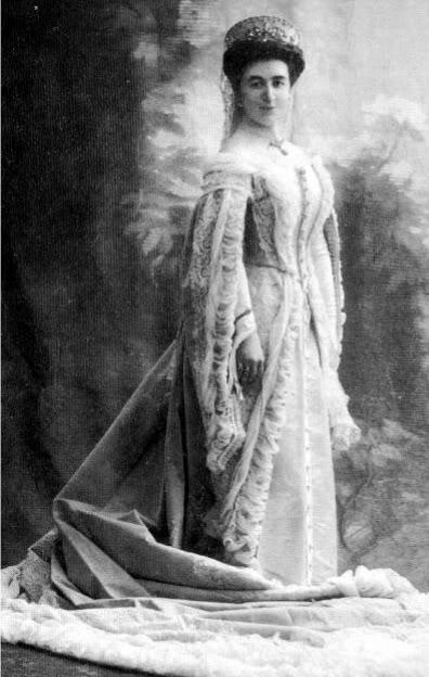 Vestido oficial de los Romanovs - Página 3 Captur3-1